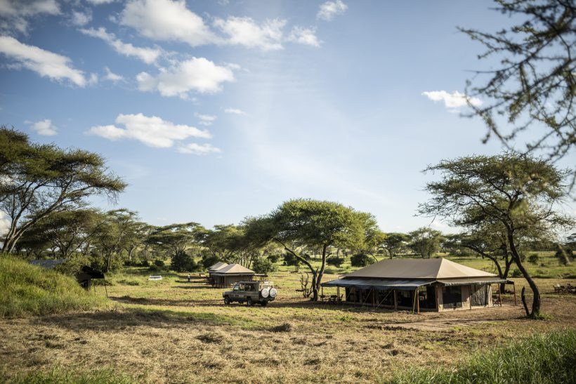 Serengeti BAOBAB Camp with car